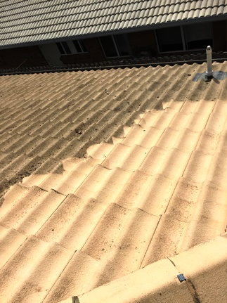 Pressure Cleaning for Roofs on Gold Coast